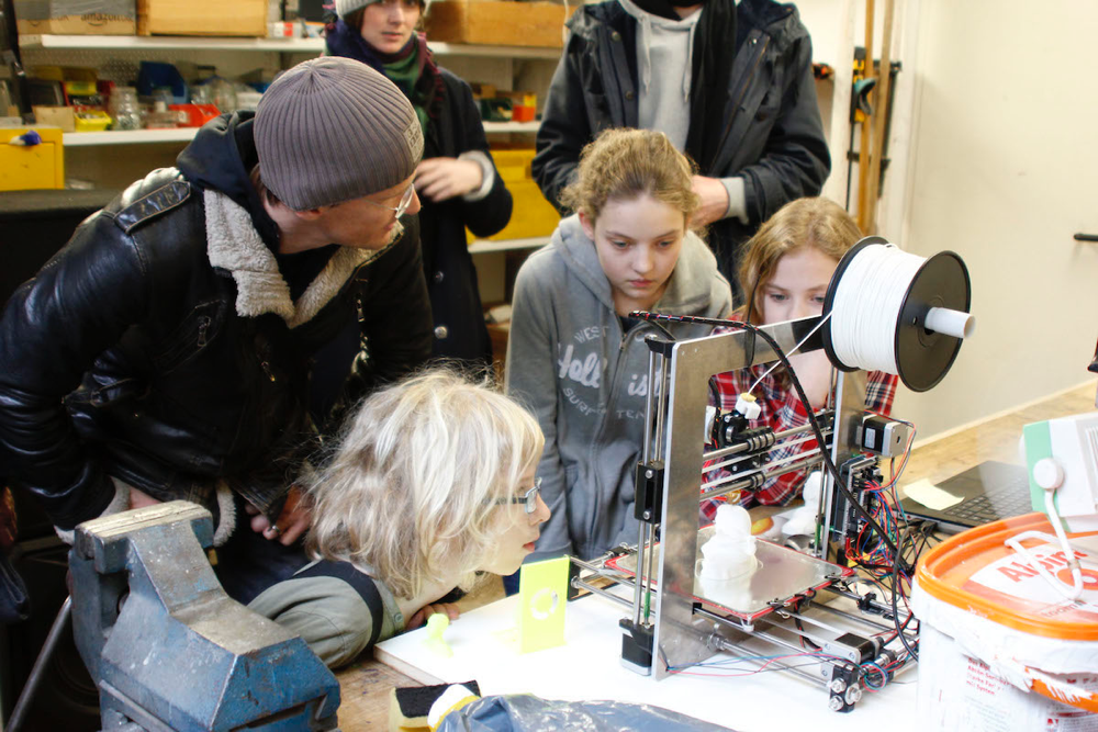 toolbox_coworking-freelance_day-fablab_for_kids-01